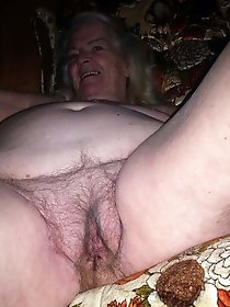 Pervert mature gilf is playing herself