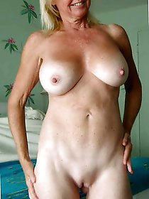 Charming mature mistresses exposing their sexy body on pictures